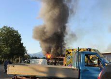 La Guida - Incendio alla Famù di San Bernardo di Cervasca