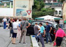 La Guida - Auto contro la cancellata della chiesa, 793 euro di danni