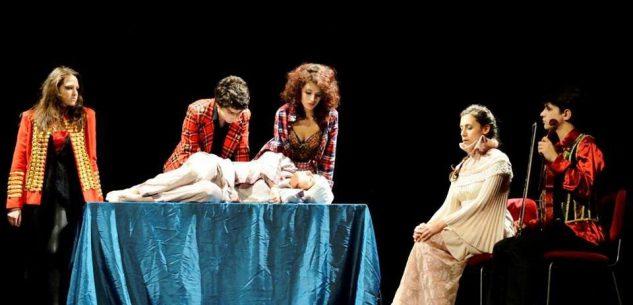 La Guida - La compagnia TIB porta il teatro in via Roma