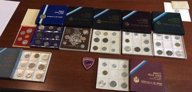 La Guida - Collezioni di monete trovate vicino a cassonetti, appello della Polizia