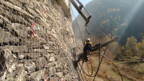 La Guida - Valle Maira, protezione dalla caduta massi tra Canosio e Marmora