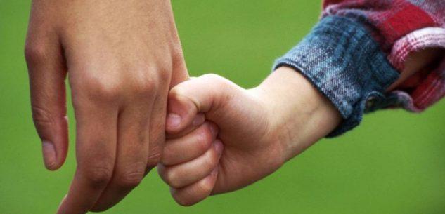 La Guida - Magia e giocoleria per conoscere l'affidamento familiare