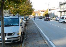 La Guida - Danneggia cinque auto a Bra, nei guai un 30enne