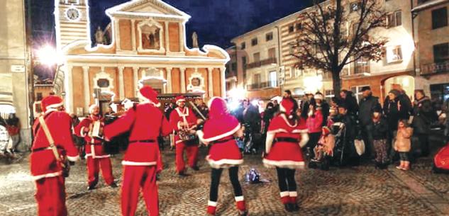 La Guida - La grande Festa del Babbo Natale bovesano