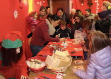 La Guida - Babbo Natale e i suoi amici elfi al Filatoio