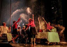 """La Guida - Il Teatro Babel in """"PRendo Amore"""""""