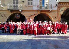 La Guida - Cento Babbo Natale invadono il centro