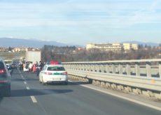 La Guida - Incidente sul viadotto Est-Ovest, rallentamenti nel traffico