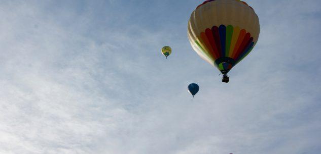La Guida - Le mongolfiere colorano i cieli di Mondovì