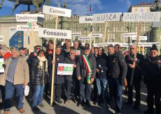 """La Guida - Amministratori della Granda alla manifestazione """"Sì Tav"""""""