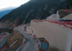 La Guida - I francesi ci smontano il muro in Valle Roya