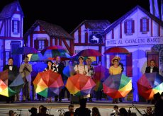 """La Guida - L'operetta """"Al Cavallino bianco"""" sul palco del Toselli"""
