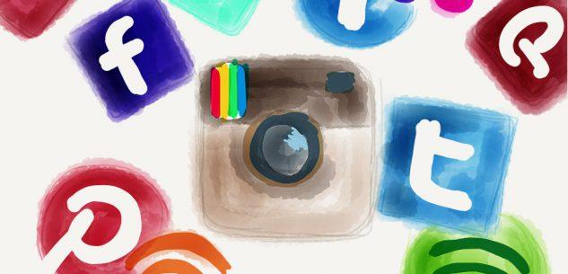 La Guida - Giovani, famiglia e media: le relazioni ai tempi di internet
