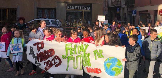 La Guida - I bambini difendono il futuro del pianeta