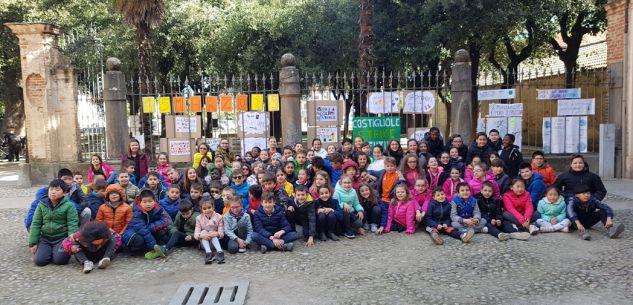 La Guida - I bambini e i ragazzi della Valle Varaita sono scesi fra la gente