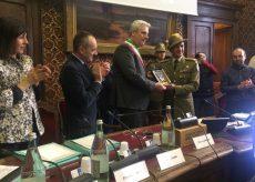 La Guida - Cittadinanza onoraria al 2° Reggimento Alpini