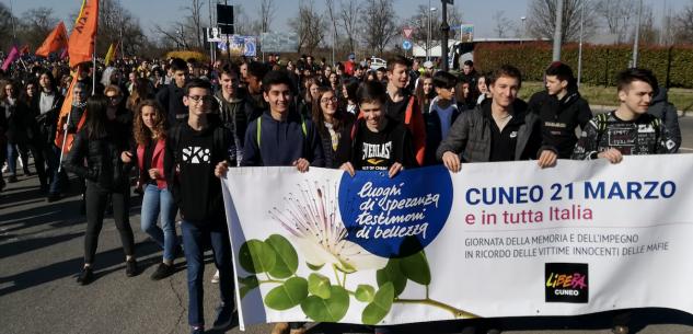 """La Guida - Studenti cuneesi a Novara con """"Libera"""""""