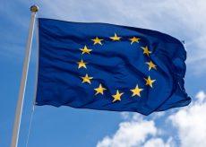 La Guida - Dal 23 aprile nuova distribuzione gratuita di bandiere europee