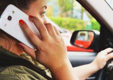 """La Guida - Col cellulare al volante, in due giorni """"pizzicati"""" in venti"""