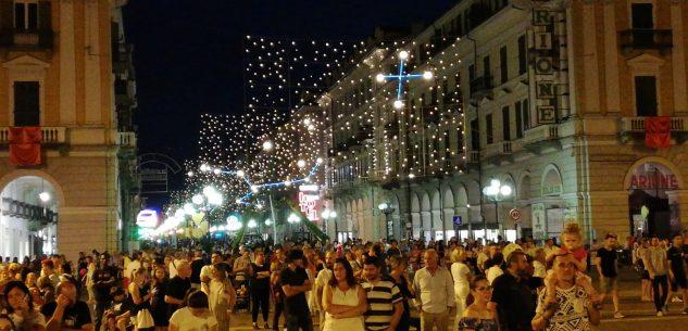 La Guida - Al via da oggi (2 luglio) le aperture serali dei negozi a Cuneo