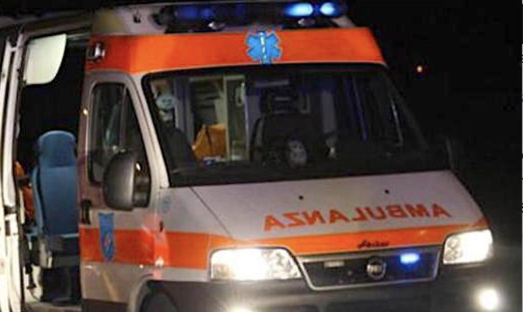 Ambulanza in notturna