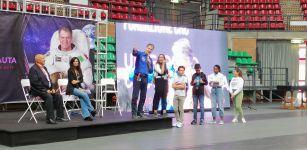 La Guida - Paolo Nespoli incontra 3000 studenti del cuneese