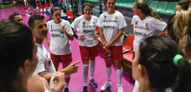 La Guida - La Cuneo Granda volley si presenta: sfilata da piazza Galimberti a piazza Virginio