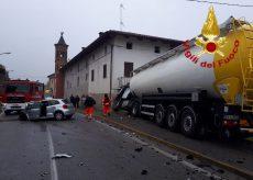 La Guida - Schianto auto-tir, muore una donna a Termine di Villafalletto