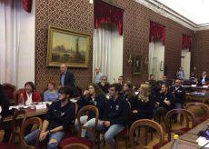 La Guida - I giovani talenti del nuoto cuneese premiati in Comune