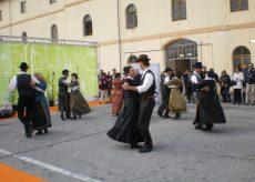 La Guida - A ottobre a Cuneo, a Saluzzo e a Fossano si ballerà occitano