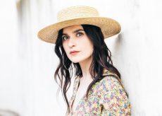 La Guida - L'inno a dieci donne di Erica Mou