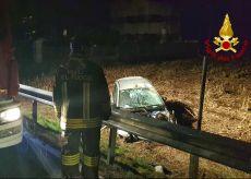 La Guida - Auto fuori strada nella zona di Mondovì, una persona ferita