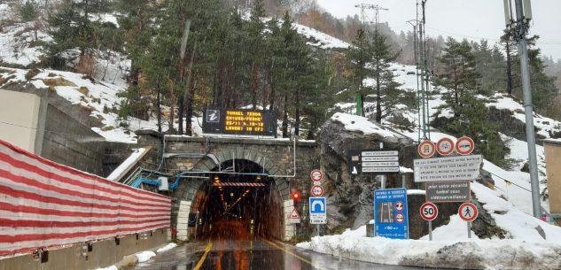 La Guida - Tunnel di Tenda chiusa a tempo indeterminato per un guasto