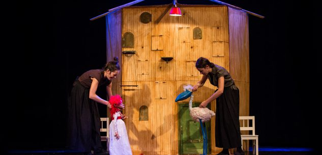 """La Guida - """"Valentina vuole"""" inaugura le Domeniche a teatro"""