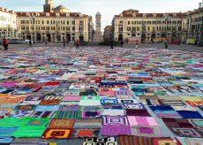La Guida - Le coperte di Viva Vittoria ritornano in piazza Galimberti