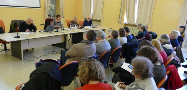 La Guida - Massimo Ferrari tiene una lezione di storia della filosofia a Cuneo