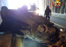 La Guida - Auto ribaltata sulla tangenziale di Fossano, grave un 36enne
