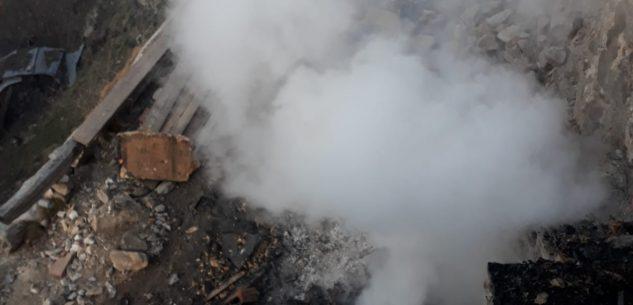 La Guida - Incendio al tetto di una casa in borgata Cialancia a Pradleves
