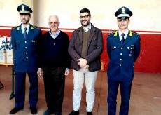 La Guida - Saluzzo, capi di abbigliamento donati alla Caritas per i poveri