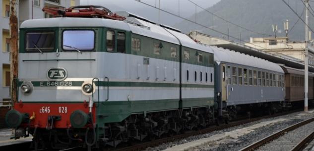 La Guida - Nuovi tagli alle corse ferroviarie: le associazioni dei pendolari protestano