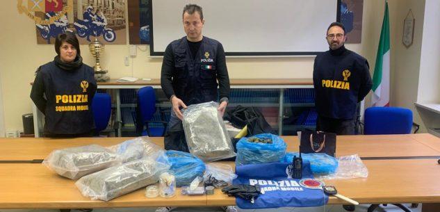 La Guida - Dalla droga a scuola a sei chili di marijuana, due arresti
