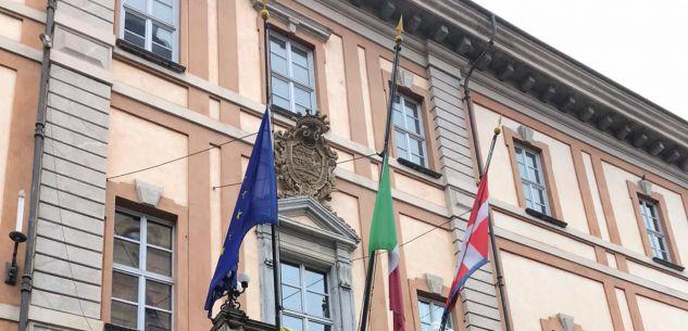 La Guida - Malinconiche bandiere d'Europa