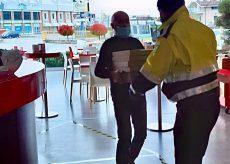 La Guida - La Protezione Civile di Borgo distribuisce aiuti alimentari
