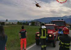La Guida - Auto fuori strada a Bagnolo Piemonte