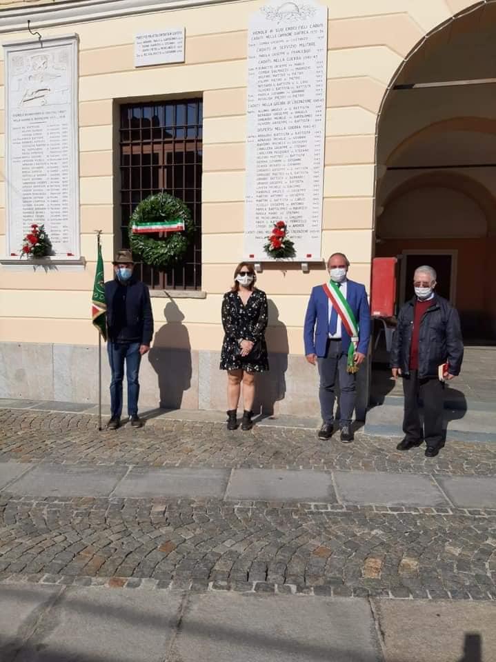 Vignolo - Sosta presso il Municipio