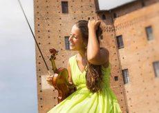La Guida - La violinista Eleonora Cavigliasso oggi suona in diretta