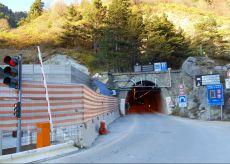 La Guida - Riaperto nella notte il tunnel di Tenda