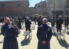 La Guida - Borgo, in centinaia al funerale di Armellini