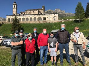 Federico Borgna, Albino Arlotto, Alberto Bianco, Remigio Luciano a Castelmagno per la liberazione dell'aquila reale
