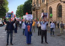 La Guida - Partecipata protesta di Fratelli d'Italia a Cuneo